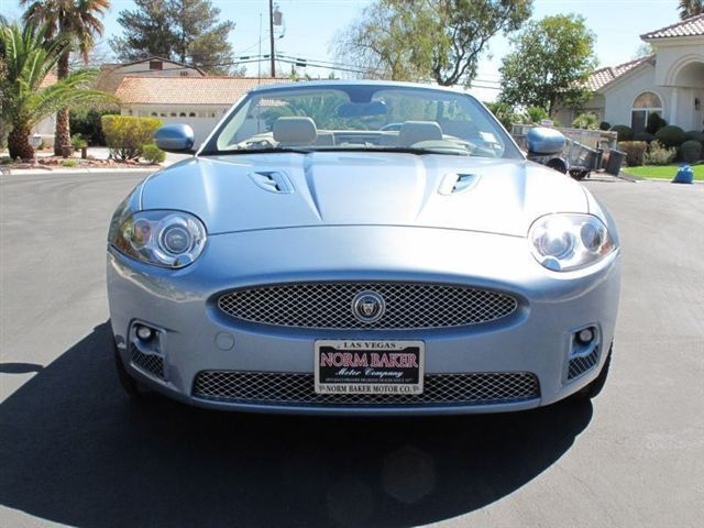 XKR Convertible 4.2L NAV CD Supercharged Power Steering