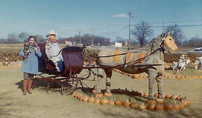 1966 VINTAGE HALLOWEEN KODACOLOR COWBOY JACKOLANTERN HORSE PUMPKIN PHOTO