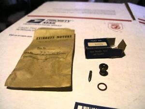 Evinrude-Johnson-OMC-NEEDLE-SEAT-SET-202274-08601-NOS