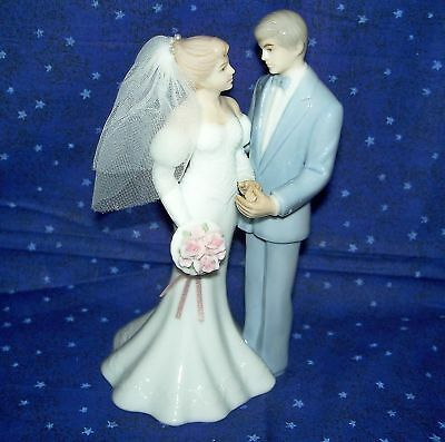 Bakery Craft 97943 Porcelain Wedding Cake Topper 7