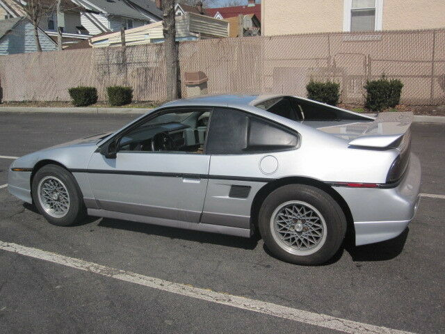 Image 2 of Collectable V6 GT AUTO…