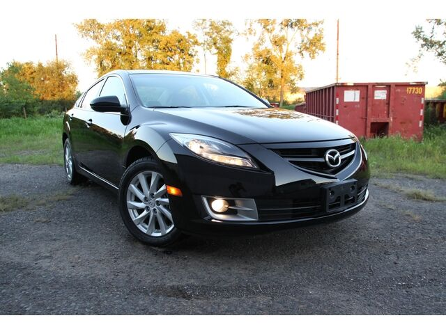 2011 mazda 6 i sport sedan low miles no reserve. Black Bedroom Furniture Sets. Home Design Ideas