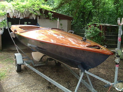 Ivans Boats and Parts - Specialist in Sailing Dinghies and Keelboats