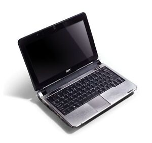 Acer-Aspire-One-D250-10-1-Netbook-small-laptop