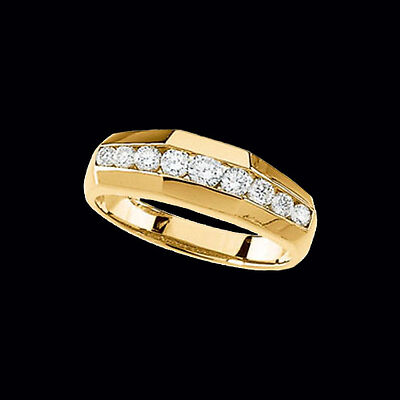 Your Guide to Buying a Men's Diamond Ring