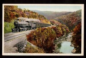 western-express-train-berkshires-massachusetts-postcard