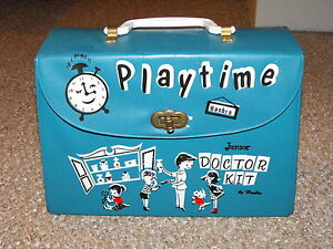 Vintage-1960s-Canadian-Hasbro-Junior-Doctor-Kit-with-Some-Accessories