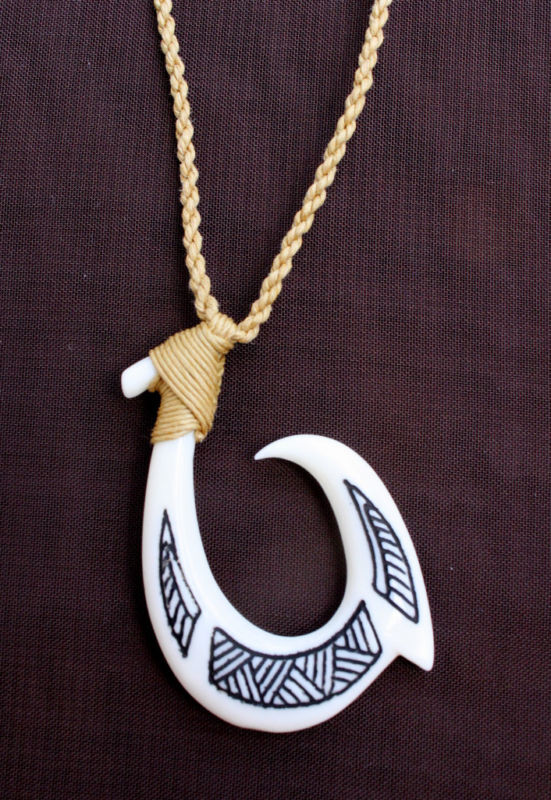 Hawaii Jewelry Tribal Fish Hook Bone Carved Maori Hei Matau New Zealand 35056 5 Ebay