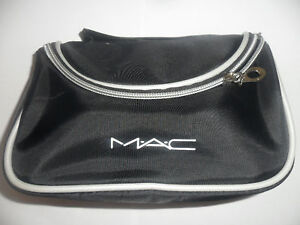 M-A-C-BLACK-COSMETIC-MAKEUP-BAG-BRAND-NEW-20x10cm
