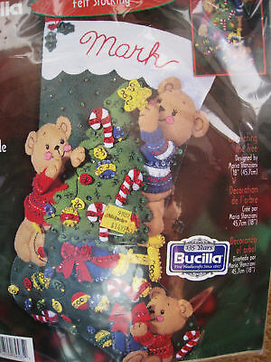 Christmas Bucilla Stocking Felt Applique Craft Kit,decorating The Tree,84585,18