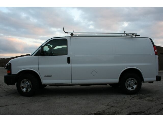 CHEVY 3500 EXPRESS CARGO VAN W/ ROOF RACKS & BINS 114K