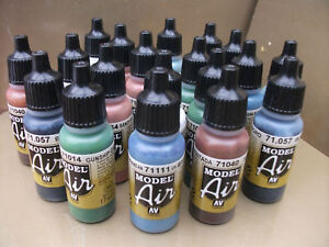 VALLEJO-MODEL-AIR-ACRYLIC-AIRBRUSH-PAINTS-CHOOSE-10-x-17ml-INCLUDING-NEW-COLOURS