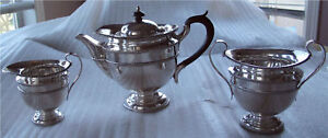 1919-ENGLISH-STERLING-SILVER-TEA-SET-GEORGE-III-STYLE-SUPERB-1137-GRAMS