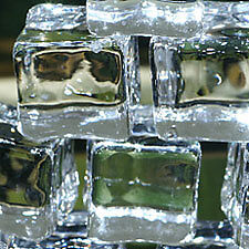 48-fake-faux-acrylic-ice-cubes-crystal-clear-3-4-square-photo-prop-wedding