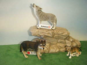 SCHLEICH-WOLF-14605-HOWLING-14626-CUB-14606-NEW-IN-FACTORY-PLASTIC