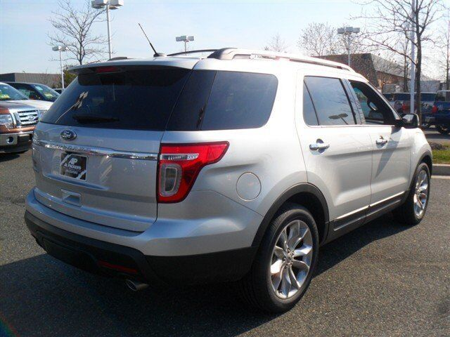 Image 4 of Limited SUV 3.5L CD…