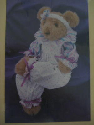 Primitive Folk Art Pattern 4x4 Wood Piece & Fabric Bear