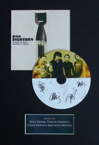 The-Foo-Fighters-Signed-Mounted-CD-Disk-Display-1-Echoes-Silence-Patience-Grace