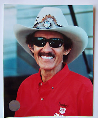 Richard Petty 8x10 Photo The King Of Nascar Stp