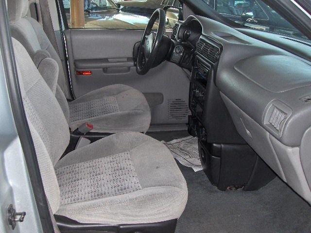 NICE LOOKING 2003 CHEVY 7 PASSENGER VAN,DUAL A/C,LOADED