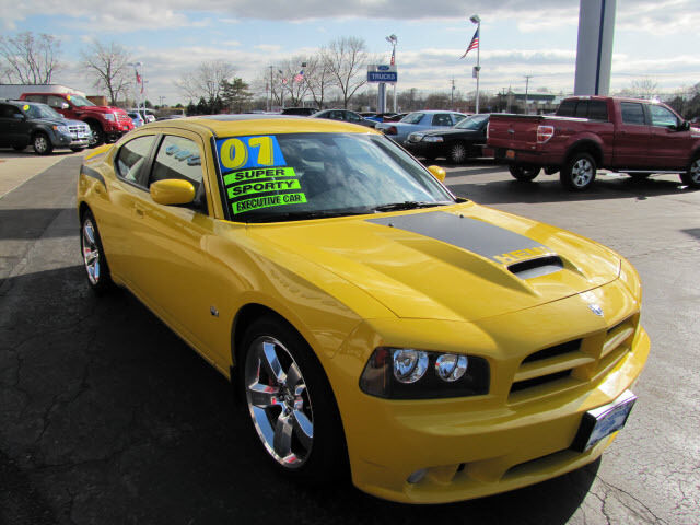 used 2007 dodge charger srt 8 super bee only 7435 miles for sale 20 miles from o 39 hare or. Black Bedroom Furniture Sets. Home Design Ideas