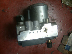 Mercedes-ABS-Pump-0024319712-w210-w202-c200-e300
