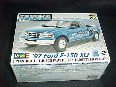 Revell 1/25 Scale '97 Ford F-150 Xlt Truck Plastic Car Model Kit 7215