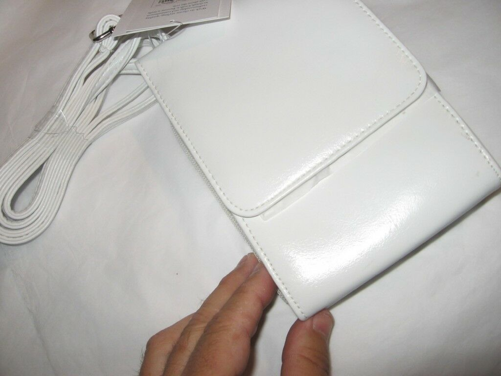 Croft & Barrow White Mini Bag/wallet On A String