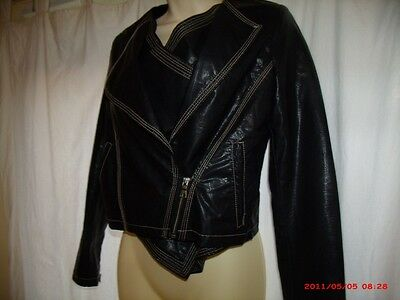 Women's Black Leather Jacket Buying Guide