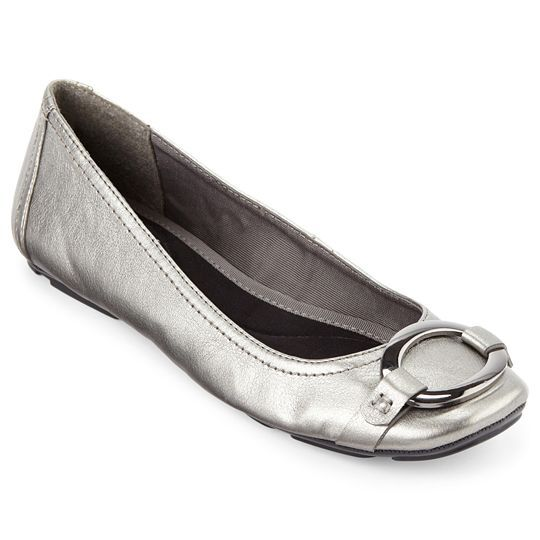 How to Buy Formal Flats for Evening