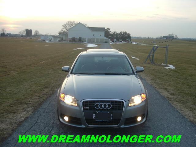 STUNNING 6 SPEED AUDI A4 QUATTRO*MOONROOF*HTD SEATS*CD*