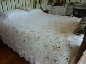 Vintage large white crochet bedspread/throw - king size