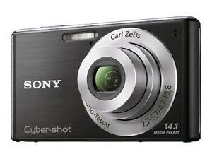 Sony-Cybershot-DSC-W530-14-1MP-Digital-Camera-w-4GB-SD-Card-Sweep-Panorama-NEW