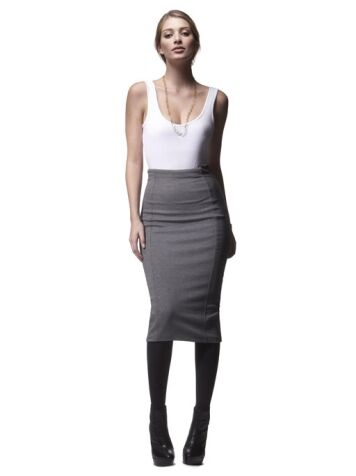 High-waist vs. Low-rise Skirts