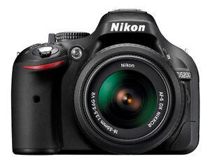 Nikon-D5200-Digital-DSLR-Camera-18-55mm-G-VR-Zoom-Lens-Kit-in-UK-Best-Buy-Deal