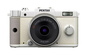 Pentax  Q 12.4 MP Digital SLR Camera - W...