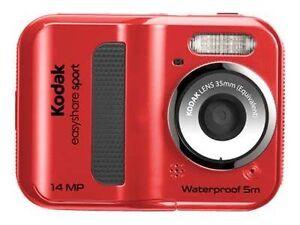 Kodak EASYSHARE SPORT C135 Vs. Samsung MV Series MV900F
