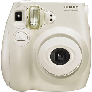Fujifilm-Instax-mini-7s-Point-and-Shoot-Film-Camera