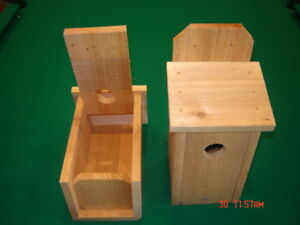 2 BLUEBIRD CEDAR BIRD HOUSE NEW HANDMADE 5/8 CEDAR