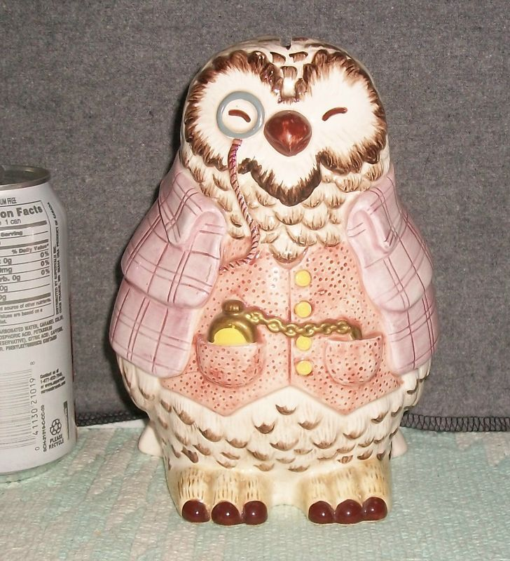 * SIGMA B Potter OWL Ceramic THE TALE OF SQUIRREL NUTKIN Coin BANK