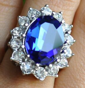 Lady diana 39 s ring verlobungsring kate middleton william for Verlobungsring blau