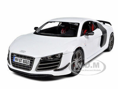AUDI R8 GT WHITE 1/18 DIECAST MODEL CAR BY MAISTO 36190