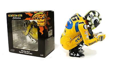 Minichamps Valentino Rossi Sitting Figurine Motogp 2006 1/12 Scale