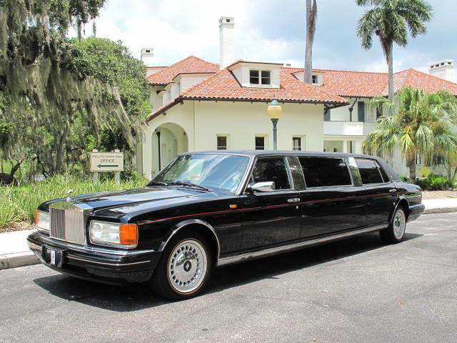 1996 silver spur iii limousine only 53 000 miles extremely rare car used rolls royce silver. Black Bedroom Furniture Sets. Home Design Ideas