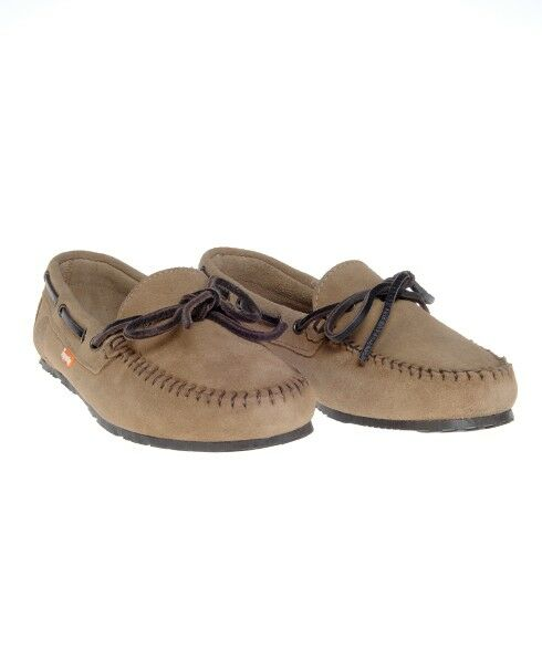 How to Buy Women's Moccasins