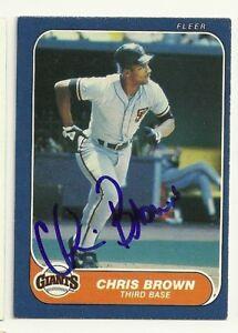 CHRIS-BROWN-1986-FLEER-SIGNED-535-GIANTS-DECEASED
