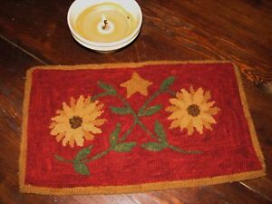 PRIMITIVE-HOOKED-RUG-PATTERN-TANGLED-SUNFLOWERS