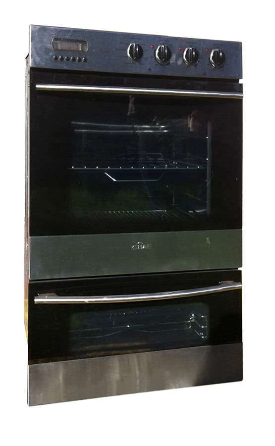 the magic chef brand of wall ovens was popular in the 1950s through the 1970s the name was proudly displayed on the center panel of the controls with the - Magic Chef Oven