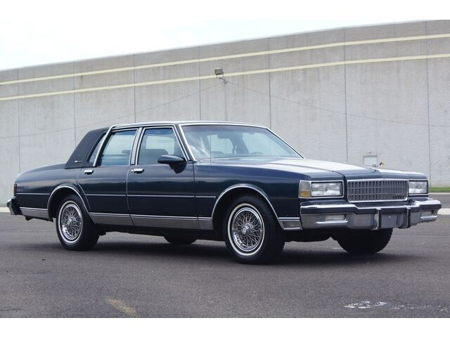 73k miles chevy classic ls brougham drives great used. Black Bedroom Furniture Sets. Home Design Ideas