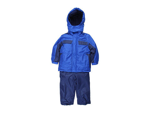 How to Buy a Used Boy's Snowsuit